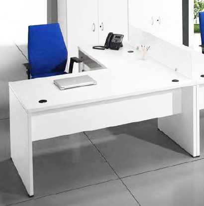 Mesa operativa de oficina en melamina a precio irresistible